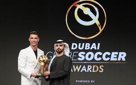 รับอีกรางวัล โรนัลโด้ คว้านักเตะยอดเยี่ยม Globe Awards